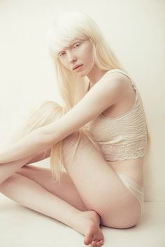 Nastya Zhidkova, Russian Albino Model, Love her in this pose beautiful Beautiful Young Lady, Beautiful People, Albino Model, Alabaster Skin, Grey White Hair, Face Photo, Poses, Style, Man Men
