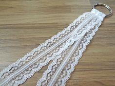 White Scalloped Lace Lanyard