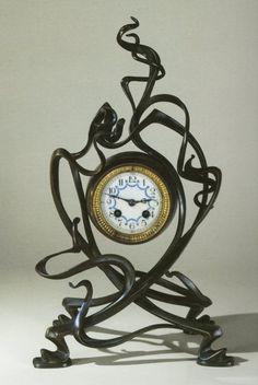 Reloj de bronce Art Nouveau de Victor Horta. #Esmadeco.