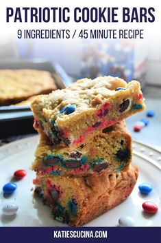 Delicious Patriotic M&M Cookie Bars made for any patriotic celebration in under an hours time! #cookiebars #cookies #mmcookiebars #desserts #bakedgoods Easy To Make Desserts, Easy Desserts, Best Dessert Recipes, Bar Recipes, Best Brownie Recipe, Patriotic Desserts, Yummy Cookies, Cookie Bars, Baking Recipes