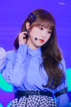 Kpop Girl Groups, Korean Girl Groups, Kpop Girls, Eyes On Me, Yu Jin, Baby Ducks, Japanese Girl Group, Monologues, Kawaii Girl