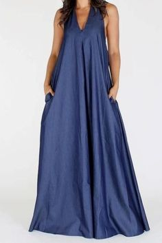 Halter denim maxi dress with pockets. Item is on pre-order. It will ship in weeks. Plus Size Maxi Dresses, Simple Dresses, Casual Dresses, Summer Dresses, Summer Maxi, Outfit Summer, Casual Summer, Spring Summer, Denim Maxi Dress