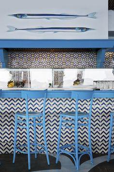 Diy Interior Doors, Cafe Concept, Greek Restaurants, Greek Design, Restaurant Interior Design, Seafood Restaurant, Cafe Design, Retail Design, Interiores Design