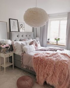 Best Ideas For Home Decor Bedroom Decor Ideas - Is GREY depressing? Bedroom Decor Ideas - Is gray paint going out of style Bedroom Decor For Teen Girls, Cute Bedroom Ideas, Girl Bedroom Designs, Room Ideas Bedroom, Small Room Bedroom, Home Decor Bedroom, Fall Bedroom, Ikea Bedroom, Bedroom Bed