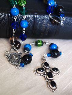 beautiful rosaries....