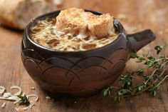 Slow Cooker Fancy French Onion Soup - #CrockPot #Recipe www.GetCrocked.com