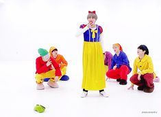 171027 171027 [BANGTAN BOMB] '고민보다 GO (GOGO)' Dance Practice (Halloween ver.) - BTS (방탄소년단) Snow White Taetae XDDDDDDDD couldn't take my eyes away from taetae whole video.  and ofc, all of them are so cute. >////< my Snow White Taetae, don't die!!!!! #BTS #bangtan #bangtanboys