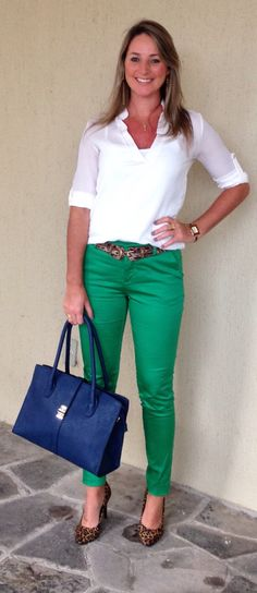 I love the green and blue together with the cheetah print shoes. I would wear flats.I love that the belt matches the shoes.