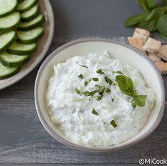 Yoghurtdip met komkommer & munt