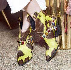 Casadei Luxery Rodeo 2019  shoes  shoesaddict  sandals  zapatos  estilo   fashion f48f43259e8
