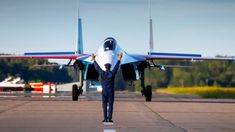The reason why 'Russian Knights' is one of the best aerobatic teams in the world - Russia Beyond Russian Plane, Win Competitions, First Plane, Air Show, Belgium, Fighter Jets, Aviation, Aircraft, Around The Worlds