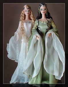 Galadriel and Arwen Barbies, Lord of the Rings, Barbie collector. Photo by Debby Armstrong.