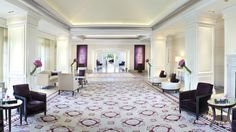 - Modern décor, both inviting and lavish at The Ritz-Carlton, Laguna Niguel