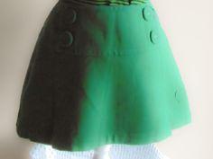 Mini skirt, green St.Patrick Day VTG excellent condition RARE piece.Mini-jupe, Saint-Patrick / St Patrick.Day VTG  excellent état Pièce de la boutique Vintagemandalitashop sur Etsy