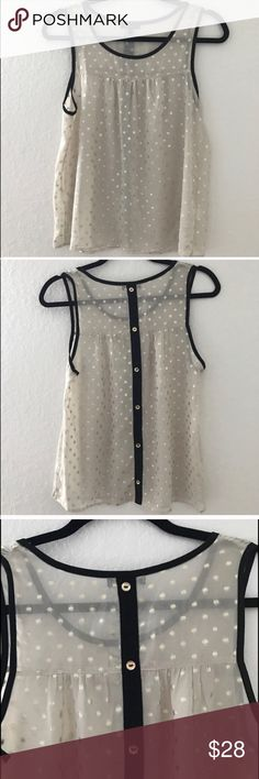 GOLD AND BLACK SHEER TOP 💗Condition: EUC, No flaws, No rips or holes.  💗Smoke free home 💗No trades, No returns 💗No modeling  💗Shipping next day 💗I LOVE OFFERS, offer me! 💗BUNDLE and save more 💗All transactions video recorded to ensure quality.  💗Ask all questions before buying.  Item#63 Urban Outfitters Tops Blouses