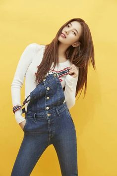 Suzy (수지) is a South Korean actress and solo singer under Management SOOP. Suzy debuted as a member of MissA in March 2010 under JYP En. Bae Suzy, Korean Actresses, Korean Actors, Korean Celebrities, Celebs, Miss A Suzy, Korean Model, Korean Beauty, Korean Makeup