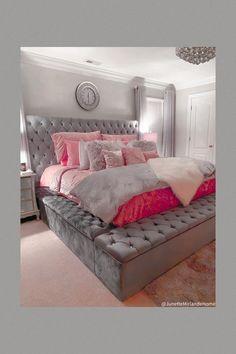 Teen Bedroom Designs, Bedroom Decor For Teen Girls, Room Ideas Bedroom, Home Decor Bedroom, Beauty Room Decor, Stylish Bedroom, Luxurious Bedrooms, House Goals, Master Bedrooms