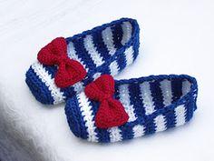 Crochet & Craft  Sophie's super cute Nautical shoes!