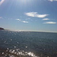 Sol, playa y vacaciones en la Costa del Sol! Disfrutad de unos días de relax al mejor precio en las maravillosas playas de Estepona y en un alojamiento de lujo! #vacaciones #estepona #buscounchollo #turismo