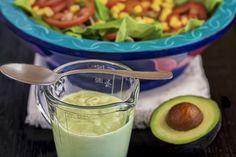 Dele un sabor suave y agradable a sus ensaladas con la Vinagreta de Aguacate.