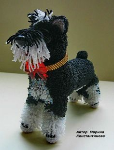 Marina Konstantinova is talented bead artist from Russia, who makes amazing beaded toys and animals. Beaded Crafts, Beaded Ornaments, Pony Bead Patterns, Beading Patterns, Native American Patterns, Beaded Boxes, Cardboard Art, Dog Crafts, Beaded Animals