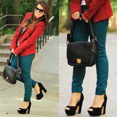 Look com cores complementares (verde e vermelho)