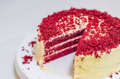 Buy Red Velvet Cake with American Frosting Aga Recipes, Sweet Recipes, Baking Recipes, Dessert Recipes, Bolo Red Velvet, Velvet Cake, Red Velvet Pancakes, Easter Lunch, Roasting Tins