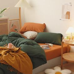 Softest bedding set now comes in green and orange in one. We did the work for you. The perfect color combos to brighten up your bedroom. Mix and match colors that are fun and sophisticated. Similar to Jersey Knit material which comes with a slight stretch allowing your bedding to hug and move with you throughout the night. Burnt Orange Bedroom, Orange Bedding, Green Bedding, Bedroom Green, Room Ideas Bedroom, Burnt Orange Comforter, Colorful Bedding, Nature Bedroom, Orange Bedroom Decor