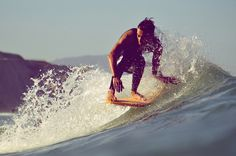 Watersports: Surfing the waves!