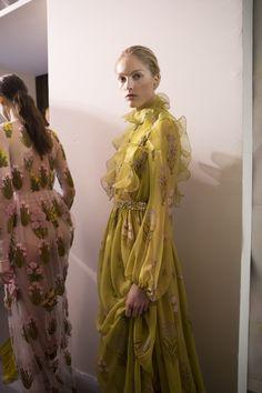 Giambattista Valli Spring 2017 Couture Fashion Show Backstage, Paris Couture Fashion Week, PFW, Runway, TheImpression.com - Fashion news, runway