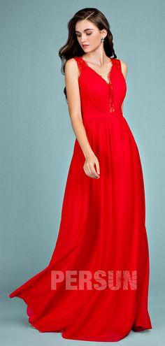 6088aafed3c 83 meilleures images du tableau Femmes en robes rouges en 2019 ...