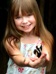 Connie Talbot-Amazing little singer with a HUGE and gorgeous voice!