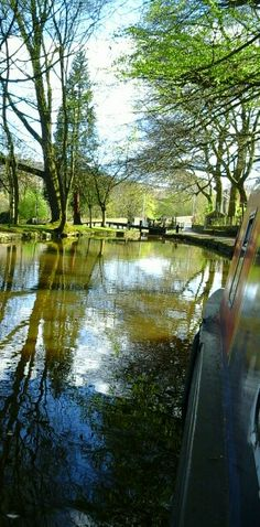 Uppermill on the Huddersfield narrow canal.