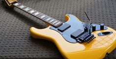 Just GORGEOUS!!!  Love the colors and finish on this Strat!