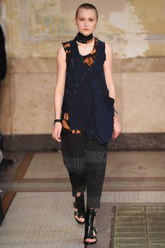 Damir Doma Spring 2017 Ready-to-Wear Collection Photos - Vogue
