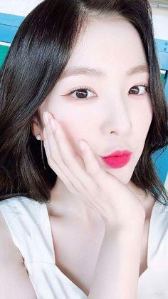 댓글보기 : 아이린 엔딩의 역사ㄷㄷㄷㄷ Seulgi, Red Velvet Irene, Korean Celebrities, Peek A Boos, Kpop Girls, Asian Girl, Girly, Make Up, Elegant