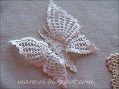 Couple of free crochet butterfly patterns. Cute Crochet, Irish Crochet, Beautiful Crochet, Crochet Crafts, Yarn Crafts, Crochet Projects, Crochet Butterfly Pattern, Crochet Motif, Crochet Flowers