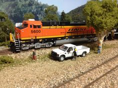 BNSF MOW waiting for the tracks to clear..