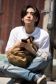 ONE My Dear 😍😍 Jungjaewon ONE YG YGStage kpop kpopfff kpoplfl kpopexlikes likeforlike lfl rfr Beautiful Boys, Pretty Boys, Yg Rapper, Kpop Rappers, Jaewon One, First Rapper, Jung Jaewon, Bad Boy, Poses References