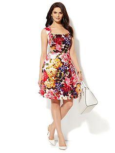 c725b6ca1f7 Floral Open-Back Dress - New York   Company
