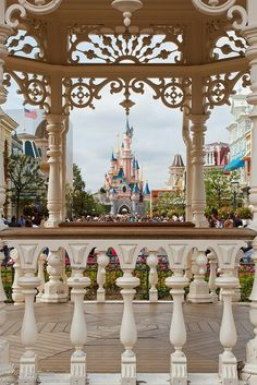 More reasons for that World Tour of Disney to be the top of my bucket list!