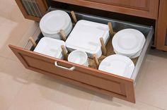 zajímavé řešení uložení talířů