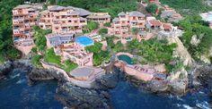 La Casa Que Canta, 5 star Luxury suite hotel in Ixtapa, Zihuatanejo.