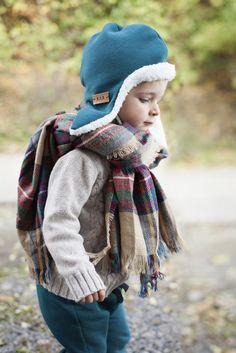 pilot hat Pilot, Winter Hats, Crochet Hats, Fashion, Knitting Hats, Moda, Fashion Styles, Pilots, Fashion Illustrations