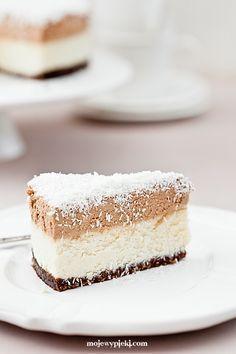 Sernik Bounty Dessert Cake Recipes, Dessert Bars, Polish Desserts, Cheesecake, Coconut Recipes, Cream Cake, Cake Cookies, Yummy Cakes, Sweet Recipes