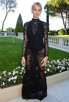 Formal Dress Inspiration | What All the Celebs Wore to the 2016 amfAR Gala | Hailey Clauson