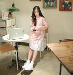 Korean Girl Fashion, Ulzzang Fashion, Korea Fashion, Pink Fashion, Cute Fashion, Asian Fashion, Daily Fashion, Fashion Outfits, Korean Casual