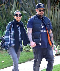 Nicole Richie and Joel Madden looked adorable while holding hands in LA on Friday.