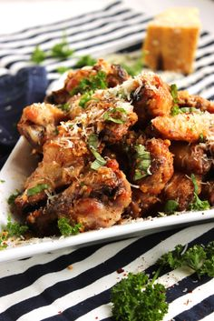 Baked Garlic-Parmesan Wings | The Suburban Soapbox #gameday #appetizer #tailgating