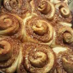 Cinnamon rolls @ http://allrecipes.nl